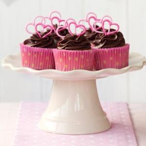 imagem-de-materia-do-casamentoclick-sobre-cupcakes-1357242373320_300x300