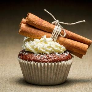 imagem-de-materia-do-casamentoclick-sobre-cupcakes-1357242549156_300x300